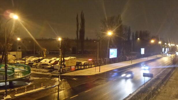 Zwłoki znaleziono na terenie opuszczonych basenów Mateusz Szmelter /tvnwarszawa.pl