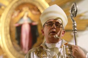 Biskup usłyszał zarzut. Zaproponował dla siebie karę