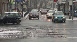 Warunki drogowe we Wrocławiu (TVN24)